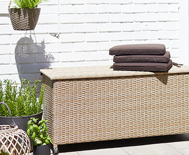 Outdoor storage and cushion box with easy open lid in nature colour