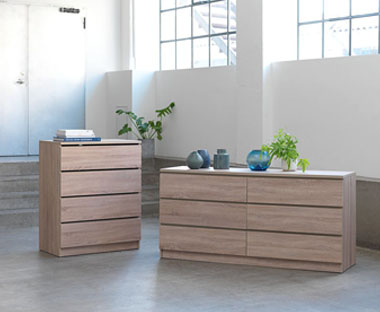 Oak wood chest of drawers in slim and wide