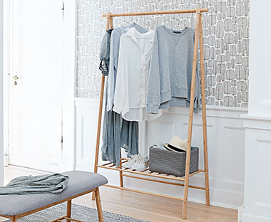Wooden clothes rail in bamboo, foldable