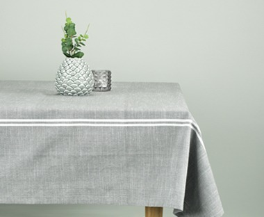 Cotton tablecloth in grey