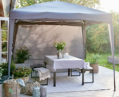 Grey water-resistant gazebo with hydrostatic head