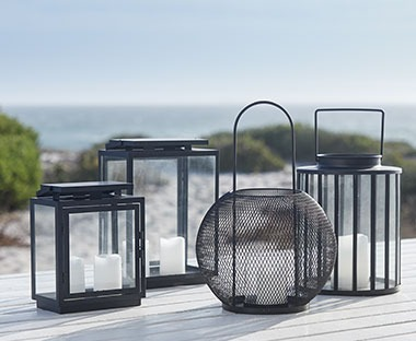 Black lantern variations in size and design